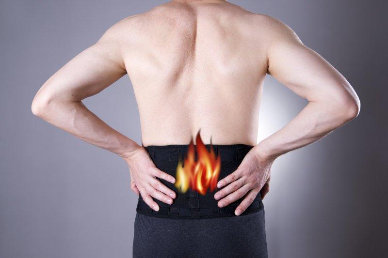 Zapalenie korzonków nerwowych – gdzie są, objawy, przyczyny bólu